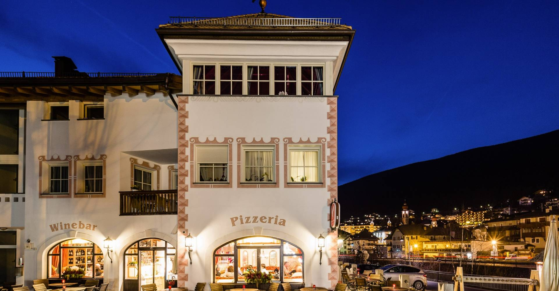 Cascade - Gardenahotels - Selva Val Gardena - Dolomites